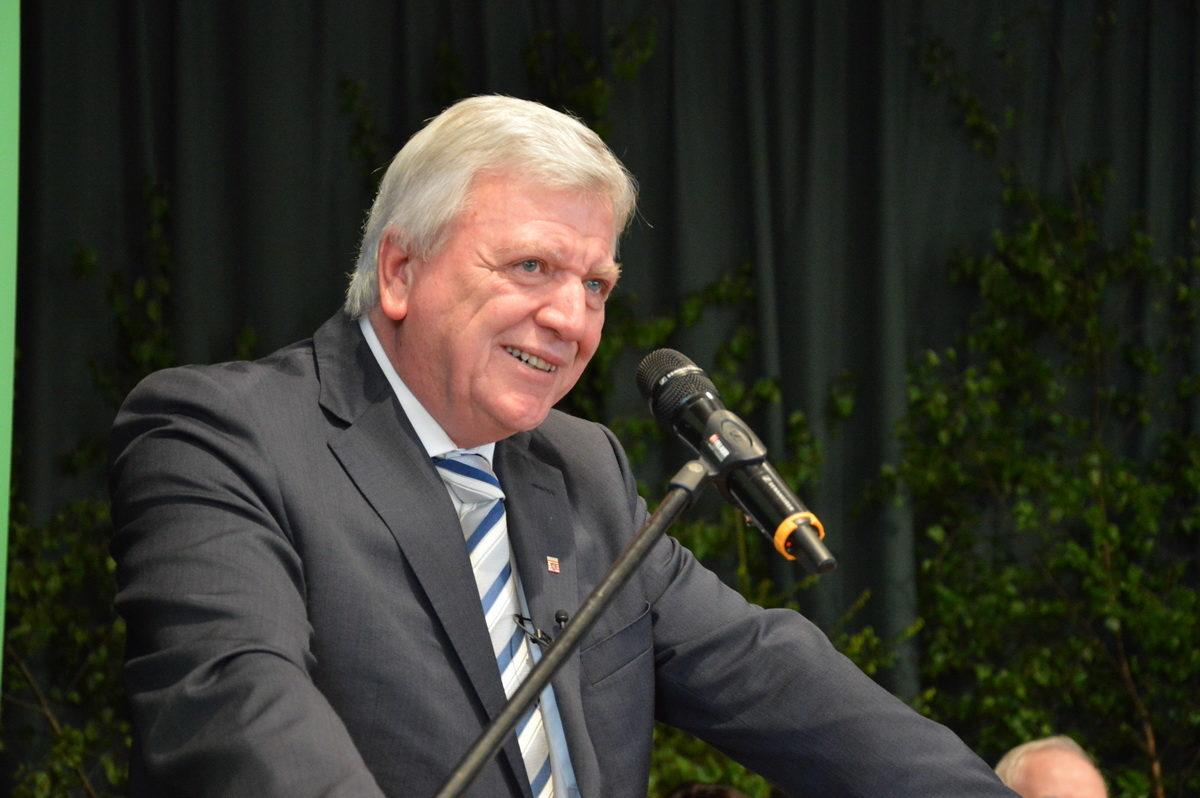 Landesjägertag 2017 in Lorsch: Ministerpräsident Volker Bouffier verspricht Schalldämpfer-Erlaubnis ab Sommer 2017