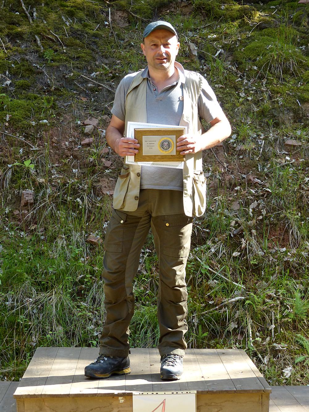 Christian Janka ist hessischer Landesmeister im jagdlichen Schießen